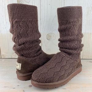 UGG CLASSIC MARQUIS KNIT BOOT